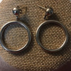 Jewelry - Sterling silver circle earrings